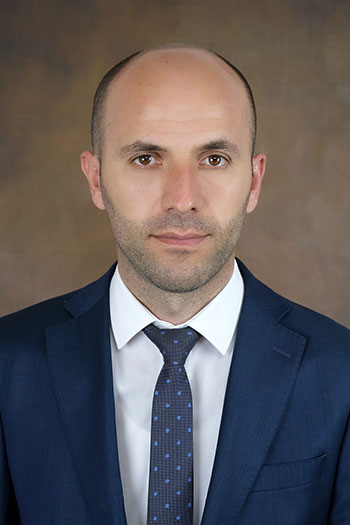 Адвокат Агрон Цури, Attorney at Law/Associate Agron Curri