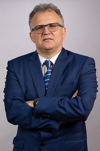 Адвокат Д-р Валентин Пепељугоски
